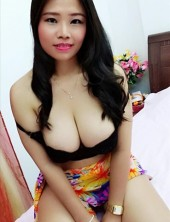 Muscat sexy girl