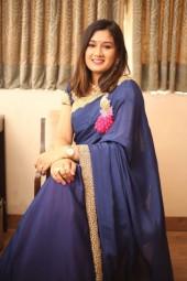Companion Dubai Riya Kapoor