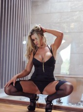 Escort Girl Oman Leticia Brook