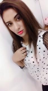 Dubai bisexual escort girl